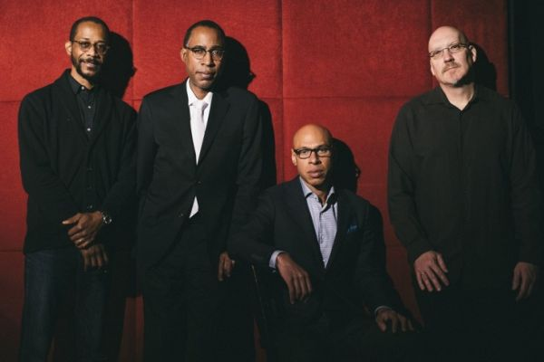 Dave King, Ron Miles, Joshua Redman i Scott Colley